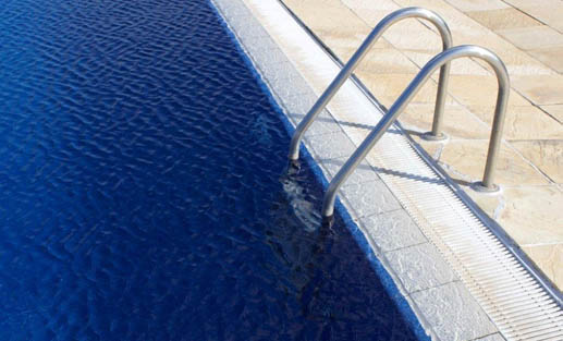 Swimming Pool Flow : Natural flow swimming pool overflow systems